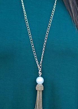 Pearl and Tassel Necklace in Gold