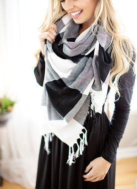 That's A Wrap Scarf in Black