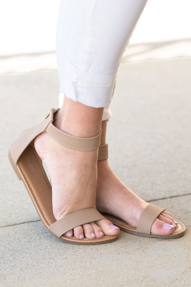 The Jessica Sandals in Tan