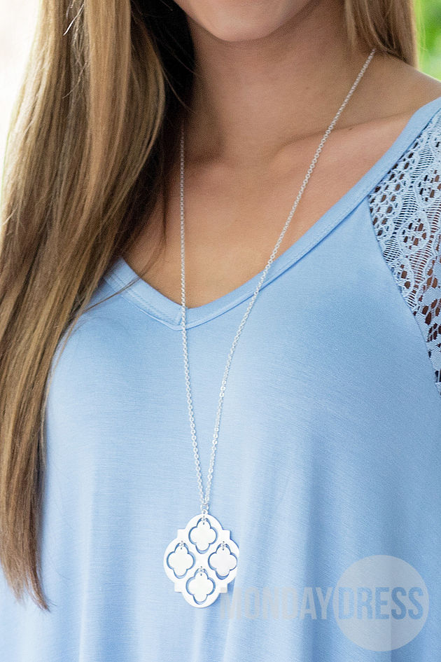 Moroccan Style Necklace in Silver