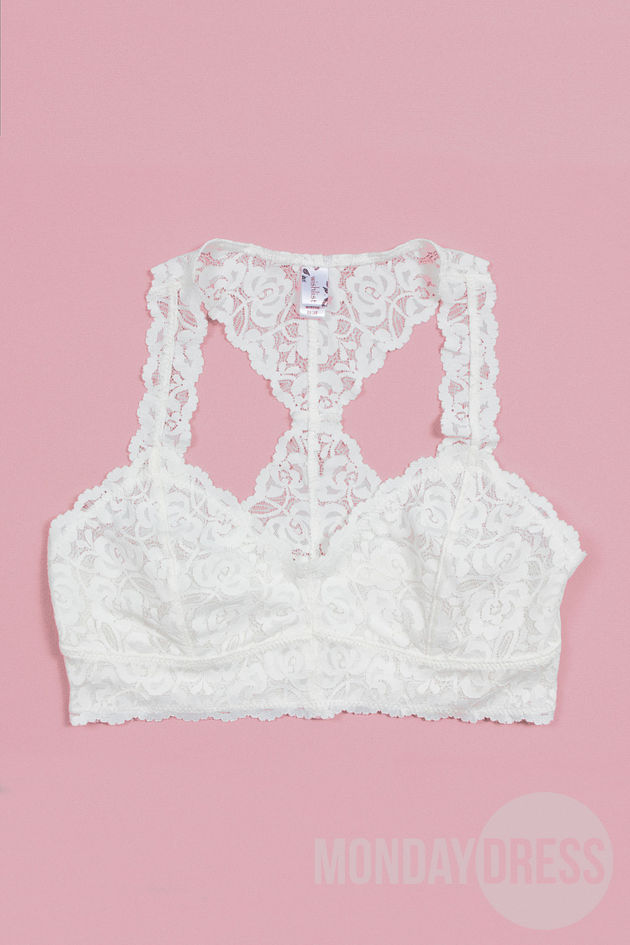 Lovely Lace Bralette in Ivory