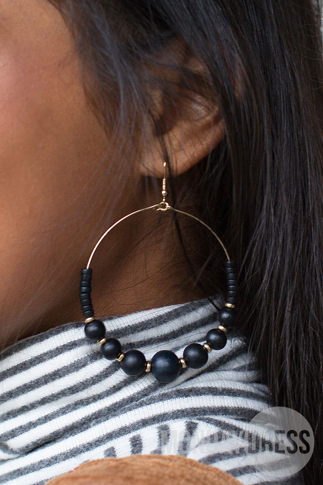 Wood Beads Hoop Earring in Navy