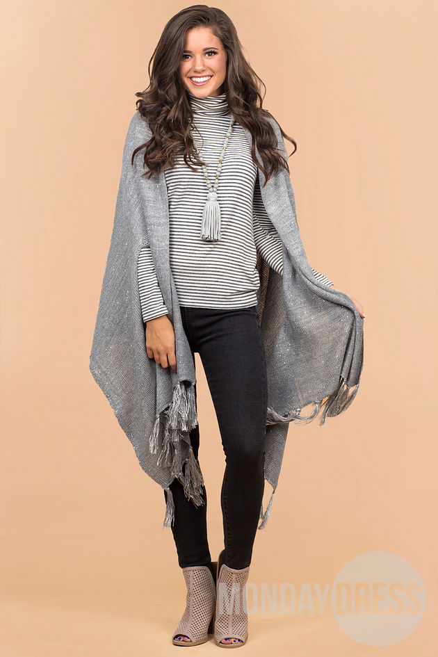 Sommer Sequin Wrap in Gray