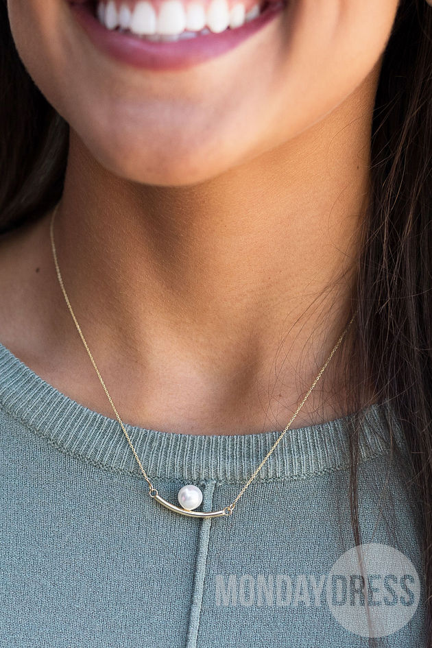 Dainty Pearl Layering Bar Necklace