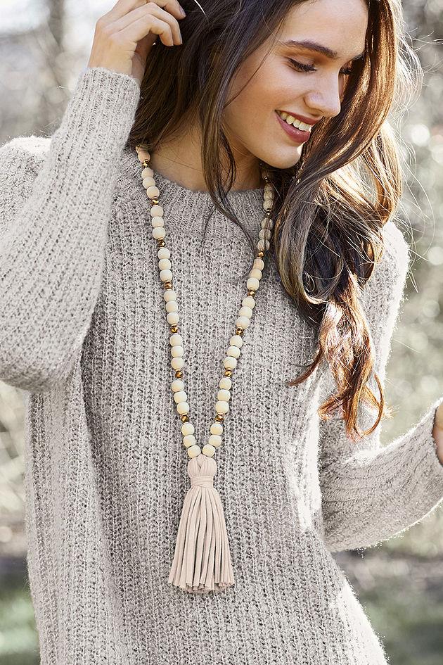 Jersey Tassel Necklace in Cream