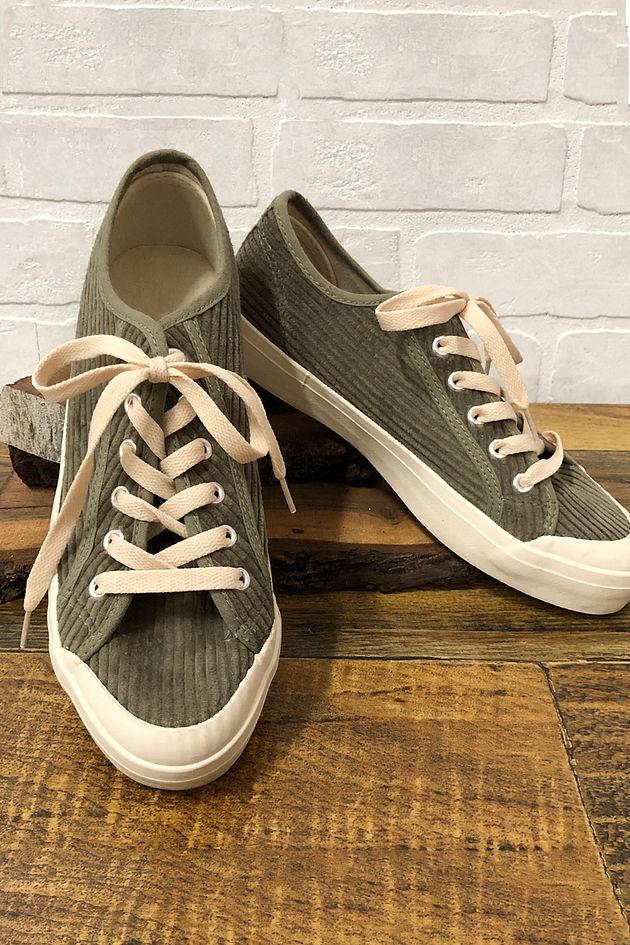 Strike A Chord Sneakers