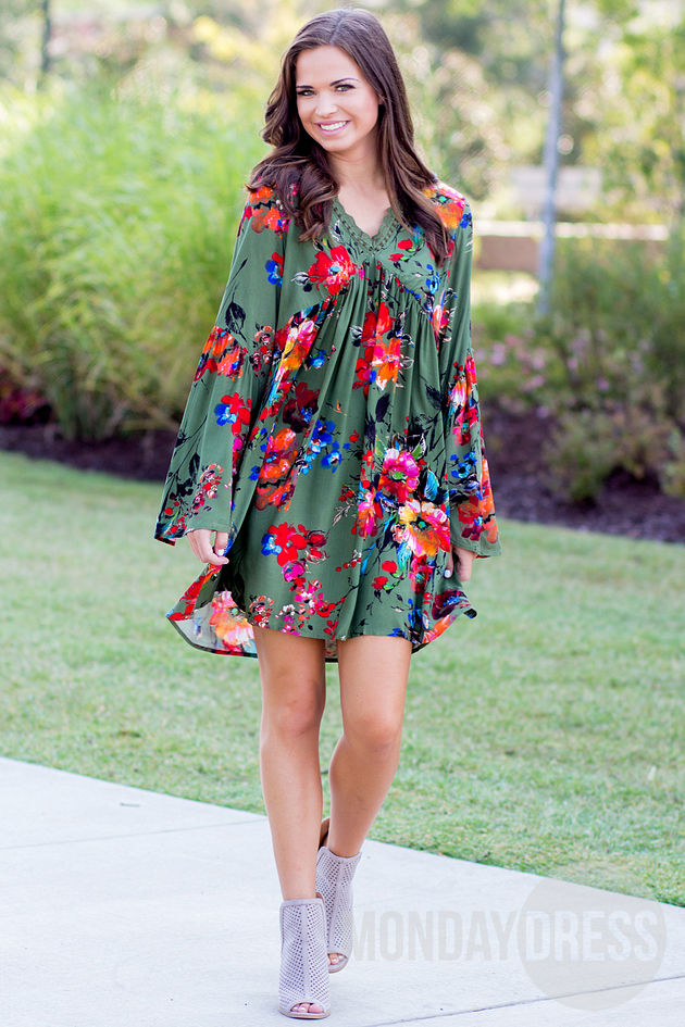 Kiss Full Of Color Dress in Olive