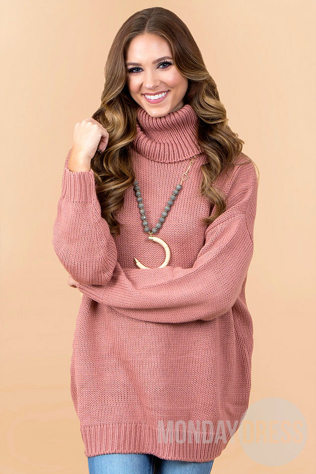 She Loves To Love Sweater in Rose