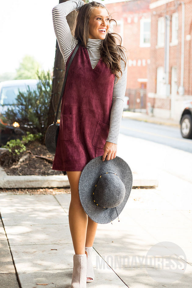 Retro Love Suede Dress in Burgundy
