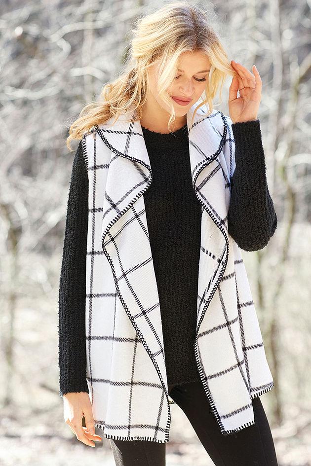Murphy Blanket Vest in White