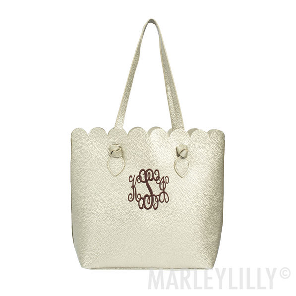 monogrammed scallop tote bag in gold