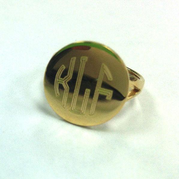 BLOOPER: Gold Tone Monogrammed German Silver Taylor Ring