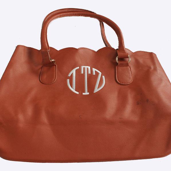 BLOOPER: Monogrammed Scalloped Tote Bag