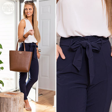 Top Of The Class Pants in Navy